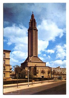 Eglise Saint-Joseph achevée, années 1950 (47Fi1283)