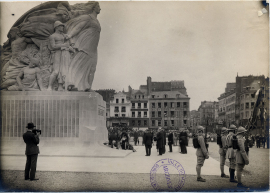 Inauguration du monument aux morts, place Gambetta 3 aout 1924