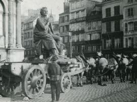 Déménagement de la statue de Casimir Delavigne, 13 mars 1893