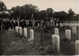 Inauguration du monument aux morts, au cimetière Sainte-Marie, 3 août 1924