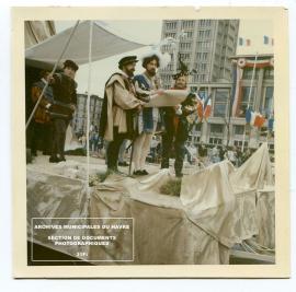 Commémoration du 450e anniversaire de la fondation du Havre, 15 juillet 1967. Le cortège historique (15 juillet 1967)